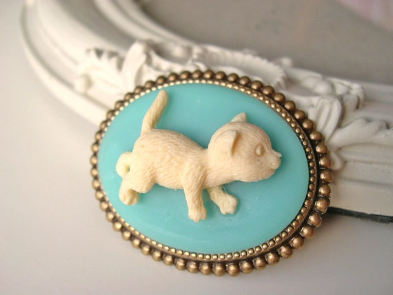 Hair Clip kawaii fairy kei lolita accessory white kitty cat cameo kanzashi blue