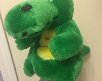 1987 Lipton promotional dinosaur hand puppet