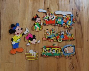 Vntg Disney Wall Hangings Set of 8 Childrens Bedroom