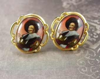 Muskateer cufflinks The Laughing Cavalier  Vintage  Renaissance revival Victorian portrait cuff links officer military soldier Cavalier hat