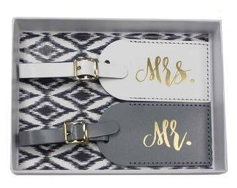 Mr and Mrs Luggage Tags | Bride and Groom Tags | Honeymoon Luggage Tags | Bridal Shower Gift | Mr and Mrs Gift |Leather Luggage Tag