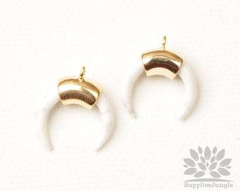 P967-G// Gold Plated Howlite Half Round Horn Pendant, 2pcs
