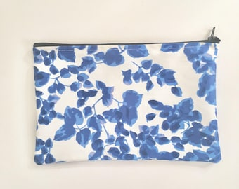 Floral Makeup Bag, Blue Floral Pouch, Blue Makeup Bag, Floral Cosmetics Bag, Floral Pouch, Zipper Pouch, Blue Pouch, Gifts for Her