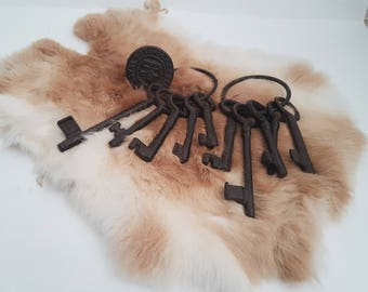 Extra Large Antique Iron Skeleton Keys - Rare and Unique Old Keys -Cast Iron Metal Victorian castle keys. Large Castle Dungeon Gate Jail Key