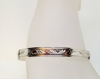Made To Size Sterling Silver Locking Slave Collar Bas Relief Heart Motif With Stainless Clasp