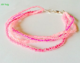 Ombre pink seed beads bracelet