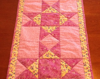Ohio Star quilted table runner, handmade