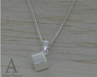 Minimalist Cube Set Necklace Pendant 925 Sterling Silver Simple Jewellery Free Shipping in UK
