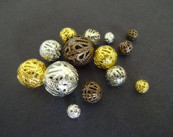 Lot of 100 Mixed Brass Filigree Beads, 6-16mm Hollow Filigree Metal Beads, Mixed Size Metal Beads, Metal Filigree Beads, Round Filigree