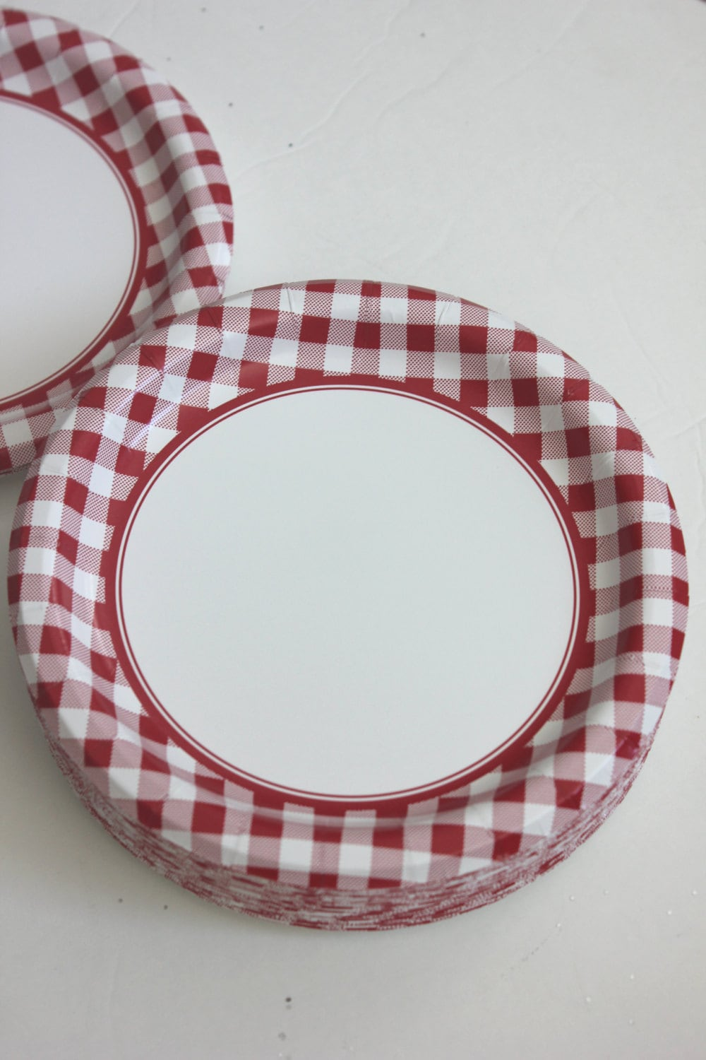 $6.00 & 8 DARK RED CHECKERED Paper Plates Gingham Nautical Picnic Maroon ...