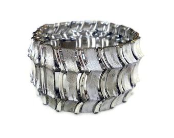 Lisner Silver Metal Wide Bracelet - Matte Textured, Shiny Gloss, Statement Jewelry, Vintage Bracelet, Silver Bracelet