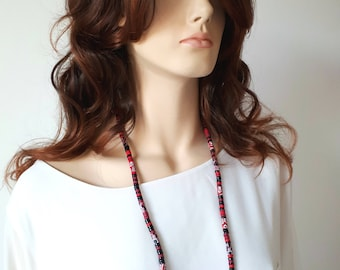 Red and black beads long necklace