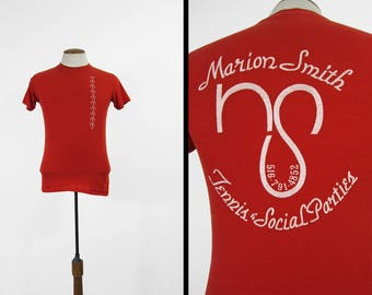 Vintage 80s Singles Party T-shirt Marion Smith Tennis and Social Parties Red Tee - XS / Small