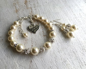 Mother of the bride jewelry bracelet and earrings, mother in law gift from bride and groom, pearl wedding jewelry set mom wedding gift ideas