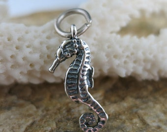 Sterling Silver Seahorse Charm, 23mm with jumpring