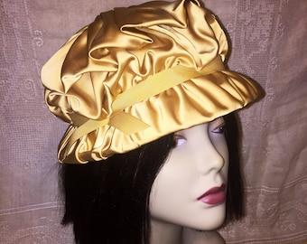 Vintage 1940s 1950s Gold Satin Union Made Womens Hat Cloche Pillbox Turban Style