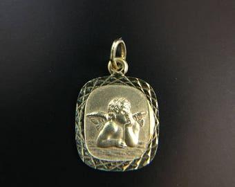 14K yellow gold cherub angel pendant