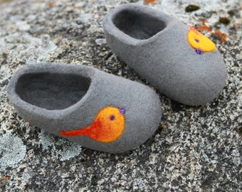 Felted Wool Slippers  in Gray with Birds decor.