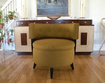 Absolutely Elegant Barrel Slipper Chair