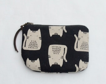 Cats on Black Padded Round Zipper Pouch / Coin Purse / Gadget / Cosmetic Bag - READY TO SHIP