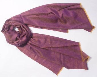 100% Cashmere Scarves: Rich plum scarf