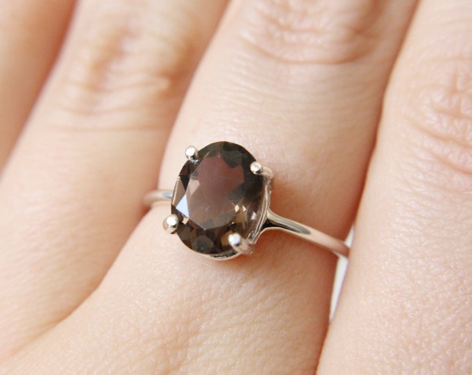 Smokey Quartz Ring, Brown Quartz Ring, 10x8 Oval Smokey Quartz Ring, Brown Stone Ring, Smokey Quartz Engagement Ring, Faceted Smokey Quartz