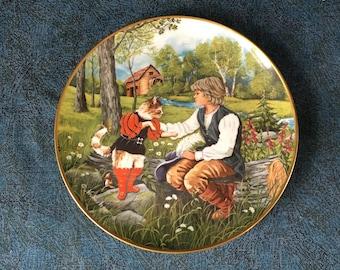 "Vintage Kaiser Porcelain Collectors Plate, ""Der Gestiefelt Kater"", ""Puss in Boots""skin by Gerda Neubacher, Fairy Tale Plate"