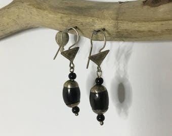 Soapstone and engraved silver Tuareg earrings
