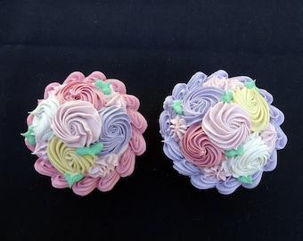 Adorable 2 Pc. Flower Cupcakes Set