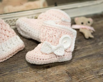 Instant Downlaod - Crochet Bootie Pattern, Crochet Shoes Pattern, Crochet Baby Booties Pattern for Baby Girl, Crochet Wrap Booties with Bow