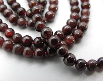95 round 4 mm Burgundy Garnet natural gemstones