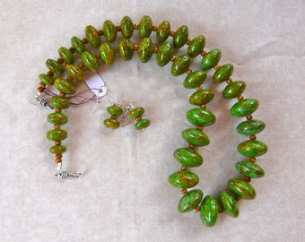 20 Inch Chunky Green Mosaic Graduated Turquoise Bead Necklace with Earrings