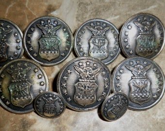 1946  13 Star AIR FORCE U S Military BUTTONS manufactured by Waterbury/ Scovill Button Company, Connecticut; 9 pc set