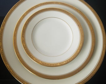 Coronado H & C Bohemia Czechoslovakia 24 PC Dinnerware Set Serving For 8 Vintage