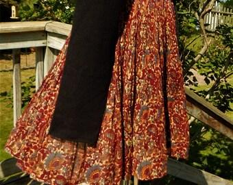 Vintage 70's VINI Indian Gauze Paisley Floral Short SKIRT ~ Boho Hippie Ethnic ~ Elastic waist Black ties w/ brass ball charms ~ size S M