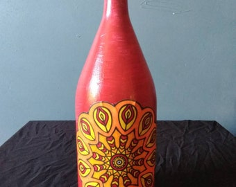 Mandalas upcycled wine bottle