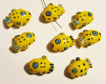 18x13mm double-sided Yellow / Blue / Black Porcelain Fish Beads, Bag of 8