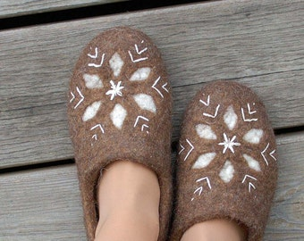 Felted women's slippers with snowflake design in natural brown wool with embroidered design
