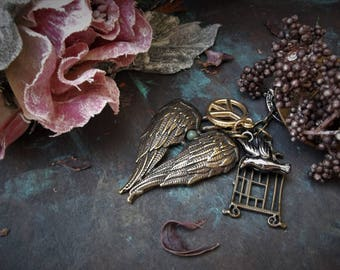 Angel Wing Pendant Boho Keychain Peace and Love Sign Bird Cage Chinese Coin Charm Tassel Hippie Festival Accessories Bohemian Bag Jewelry