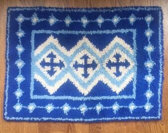 Vintage Geometric Latch Hook Blue Shag Rug