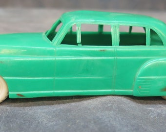 SAPIN Products Green Plastic CAR