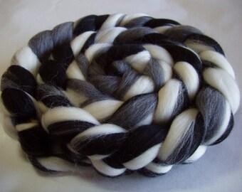 Merino wool roving, spinning fiber, felting wool, dreads, doll hair, roving wool, unspun wool, merino wool top,black,grey,white, 3.5oz, 100g