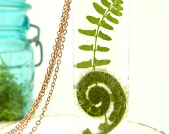 Real Fern Jewelry, Pressed Fern Necklace, Woodland Jewelry, For Nature Lovers, Real Plants in Resin, Botanical Necklace, Green Witch