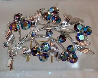 Vintage Signed Lisner AB Cluster Leaf Brooch/Pin Sparkling!