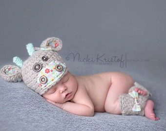 Baby Cow Hat and Legging Set/ Newborn Up to 3 Months/ Complimentary Shipping in the US