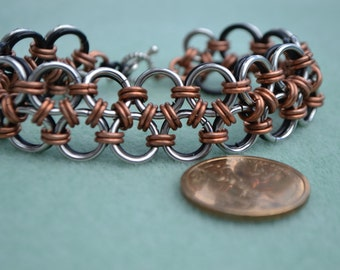 Reversible Chainmail Japanese Lace Bracelet