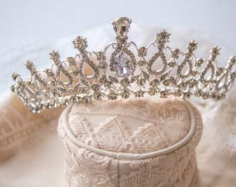 Regal Crystal Bridal Crown, Bridal Tiara, Wedding Crown, Bridal Headpieces, Accessories