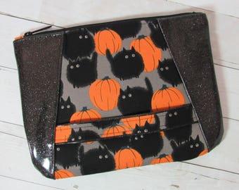 Wristlet / Clutch / Purse in Alexander Henry Halloween Cat Fabric & Glitter Vinyl; Black Cat, Pumpkin, October, Pumpkin Patch, Kitty, Kitten