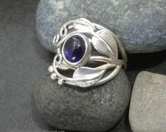 Deep purple blue iolite leaf ring with leaves & sterling silver vines branches tendrils, individually handcrafted size 9 Elfin Works design