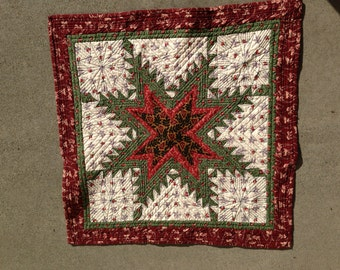 Small Feathered Star Quilt